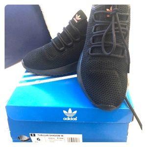 Brand new in box Adidas Tubular Shadow